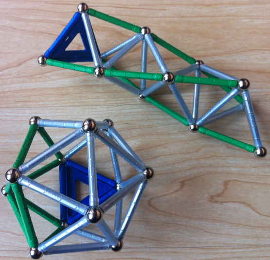 Tetrahedra helix of twelve balls as icosahedron